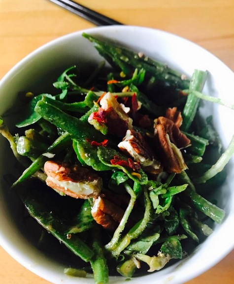 Watercress and raw green bean salad